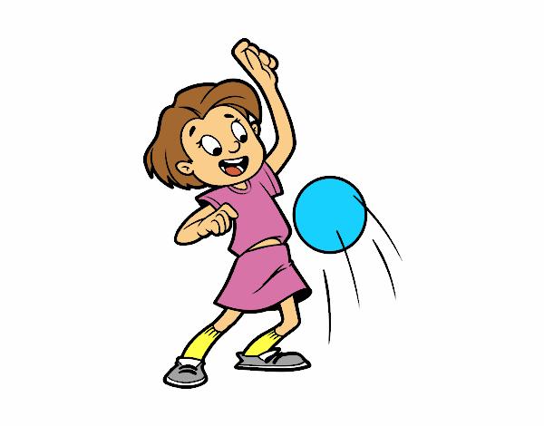 Fillette faisant rebondir la balle